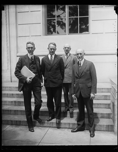 Architects open convention in Washington. The Association of Collegiate Schools of Architec[...] its annual convention in the National Capital today distinguished teachers of architecture from all part [...] country in attendance. In the group, left to right: Goldsmith, University of Kansas and Vice-President of [...] Association; Edward S. Campbell of the Beaux Arts Inst[...] of Design, New York City; Roy Jones, University of M[...] and Secretary; Warren P. Laird, Dean of School of Fin[...] of University of Pennsylvania