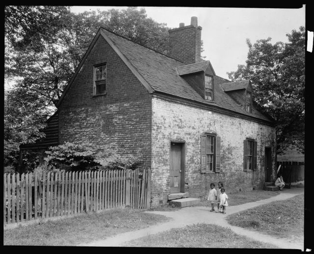 Cabin, Water Street, Fredericksburg, Virginia