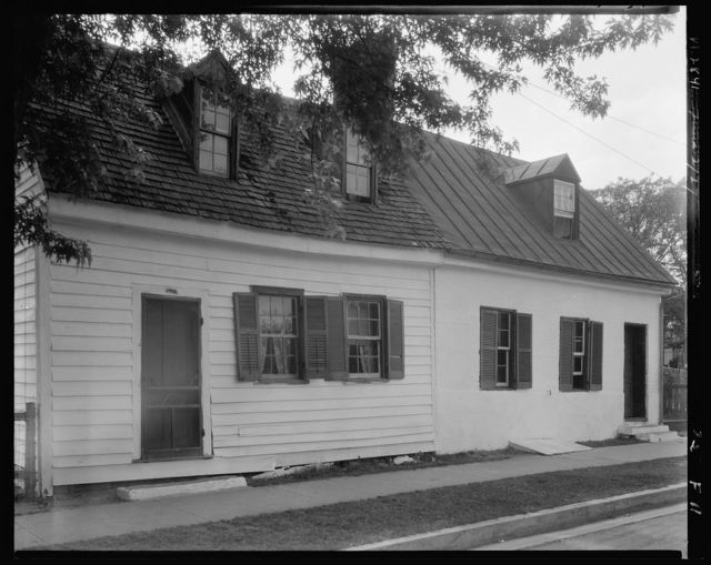 Cabins, Upper Main Street, Fredericksburg, Virginia