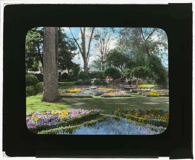 "[""Chatham,"" Colonel Daniel Bradford Devore house, 120 Chatham Lane, Fredericksburg, Stafford County, Virginia. View to kitchen from east flower garden parterre]"