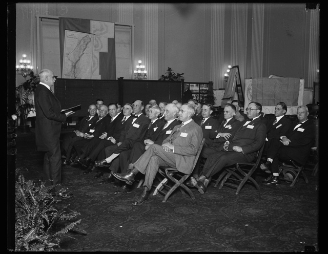 Clerk of House of Representatives holds classes for new congressmen. With the Clerk of the House, William Tyler Page, in the role of proxy, new members of Congress are attending school at the United States Capitol in preparation for the opening session December, 5th. The new solons are being taught how things are done on the floor of the House during a regular session