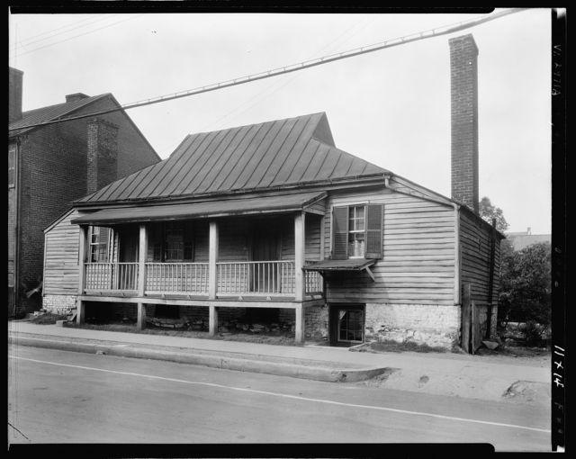 Domicile on Princess Anne Street, Fredericksburg, Virginia