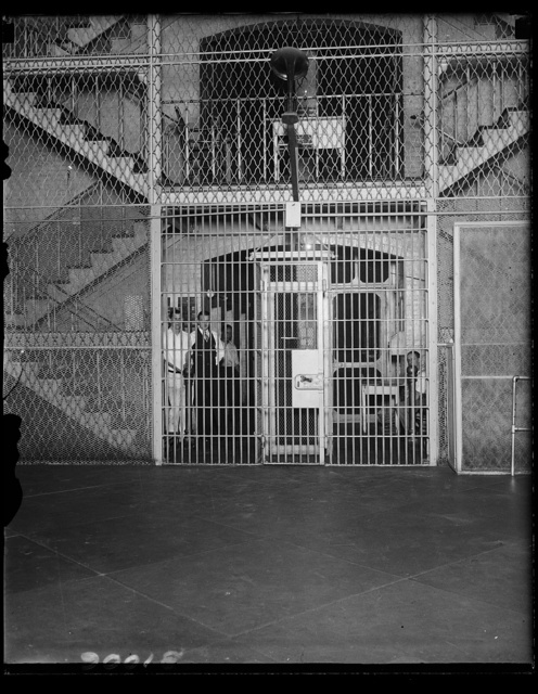Maybe Harry Sinclair's future temporary home. Harry Sinclair, millionaire oil magnate was to have been sentenced April 11, for contempt of the Senate. Justice Hitz of the District Supreme Court deferred sentence for 30 days. Sinclair is expected to carry cas [...] to the Supreme Court. This picture shows the wing in the District of Columbia jail in which would be located Sinclair's cell should sentence [...] inally given