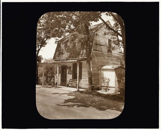 [Mrs. Ellis Store, Falmouth, Stafford County, Virginia. Entrance porch]