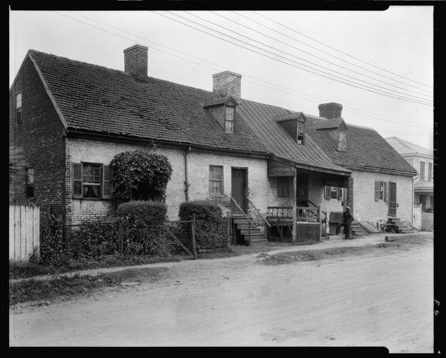 Row of cabins, Water Street, Fredericksburg, Virginia