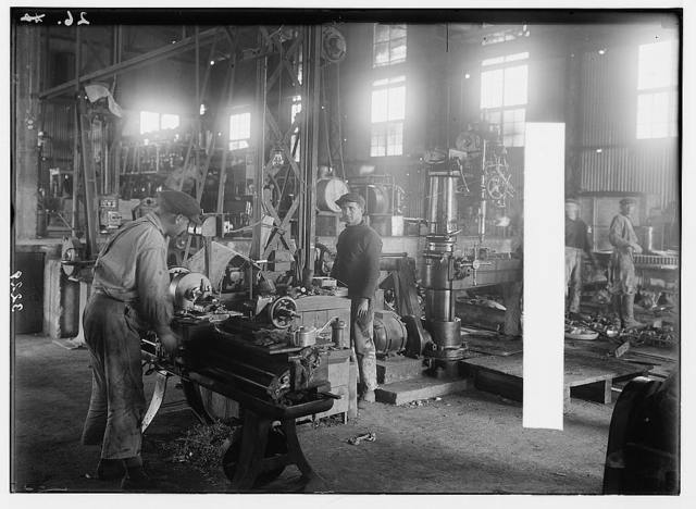 The Palestine Electric Corporation power plant. Machine shops showing the lathes at work.