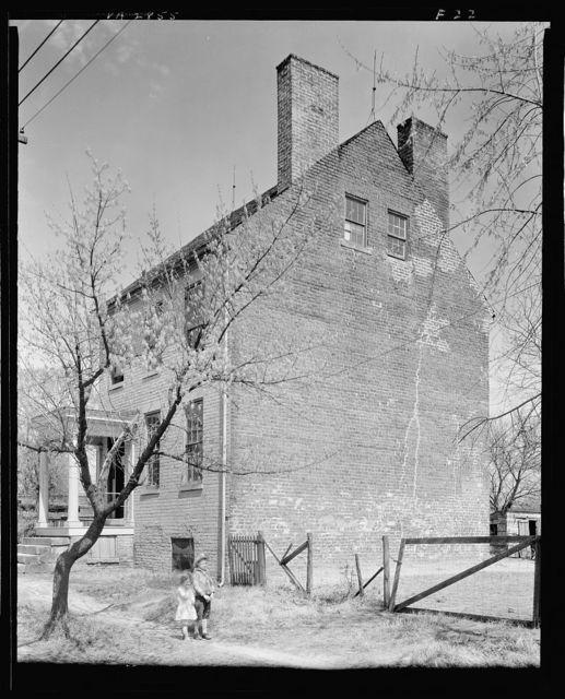 Three-storied house, Water Street, Fredericksburg, Virginia