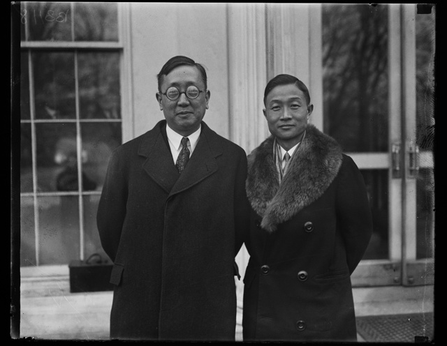 Distinguished Chinese visitor at White House. Dr. Y.C. James Yon, General Director of the Chinese National Mass Educational Movement, was presented to President Coolidge today by the Chinese Minister Sao-Ke Alfred Sze, on left in photograph. Dr. Yen is a graduate of Yale