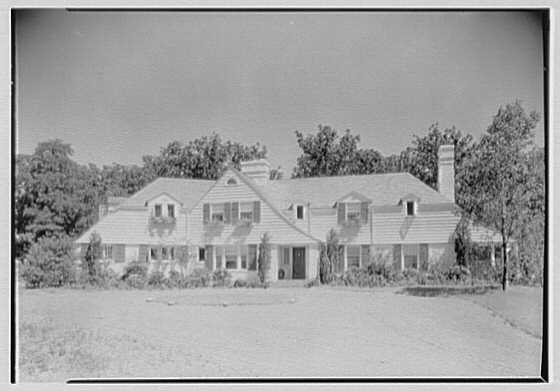 Elisha Dyer, residence in Brookville, Long Island. General exterior from center