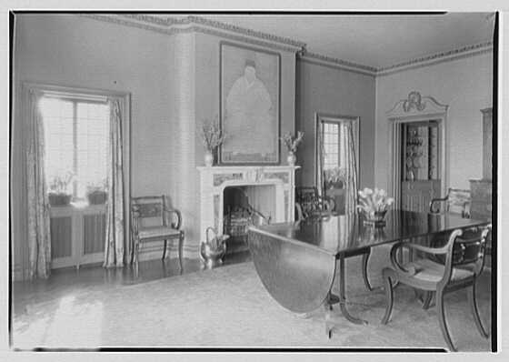 J.A. Reynolds, residence at 33 Beekman Place, New York, New York. General dining room showing fireplace