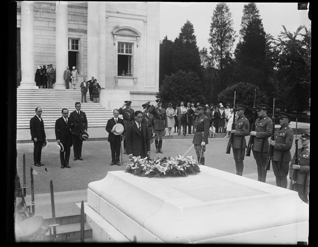 [Tomb of Unknown Soldier, Arlington National Cemetery, Arlington, Virginia]