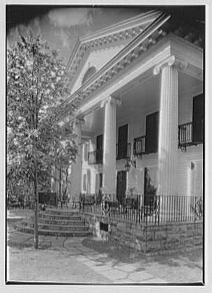 W.L. Sporborg, residence at 105 Sedgewick Dr., Syracuse, New York. Sharp view, rear portico