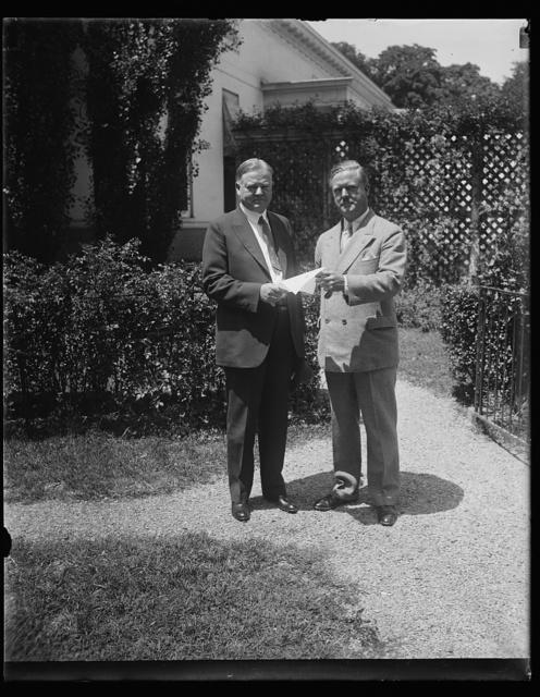 [Herbert Hoover, left; outside White House, Washington, D.C.]