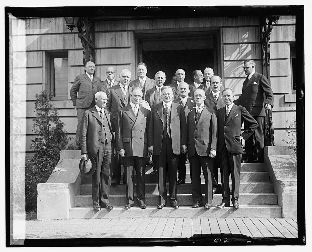 Hoover with Nat. Export Com.