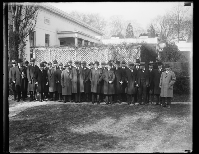Industrial men meet Hoover. Another conference called by President Hoover was held at the White House this morning. This time it was a group of the leading industrial heads of the country. In the group, fifth from the ri is the Secretary of the Treasury, Andrew Mellon, ninth from the right, The Secretary of Commerce Robert P. Lamont and seventh from the right is Henry Ford. Others in the group are, Julius Rosenwald, Clarence M. Wooley, Walter Teagle, Owen D. Young, Matthew S. Sloan, E.G. Grace, Myron C. Taylor, Alfred P. Sloan, Jr., Pierre Dupont, Walter Gifford, Samuel W. Reyburn, Jesse I. Straud, William Butterworth, E.J. Kulas, George Laughlin, A.W. Robertson, Redfield Proctor, Philip H. Gadsen, Ernest T. Trigg, Henry M. Robinson and Julius Barnes