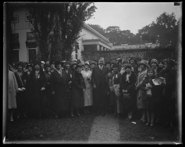 Natl. Catholic Council of Women and Hoover [White House, Washington, D.C.]