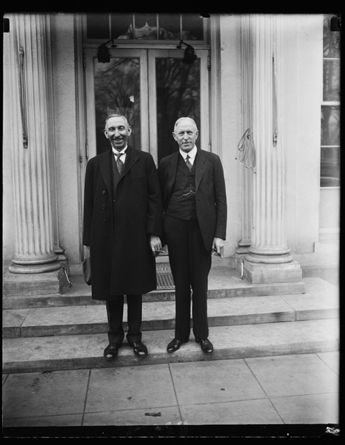 Successor to late Senator Warren of Wyoming calls on President Hoover. Senator Patrick J. Sullivan (left) who was appointed by the Governor of Wyoming to fill the unexpired term of the late Senator Francis E. Warren, was presented to President Hoover today by Claudius Huston, (right) Chairman of the Republican National Committee