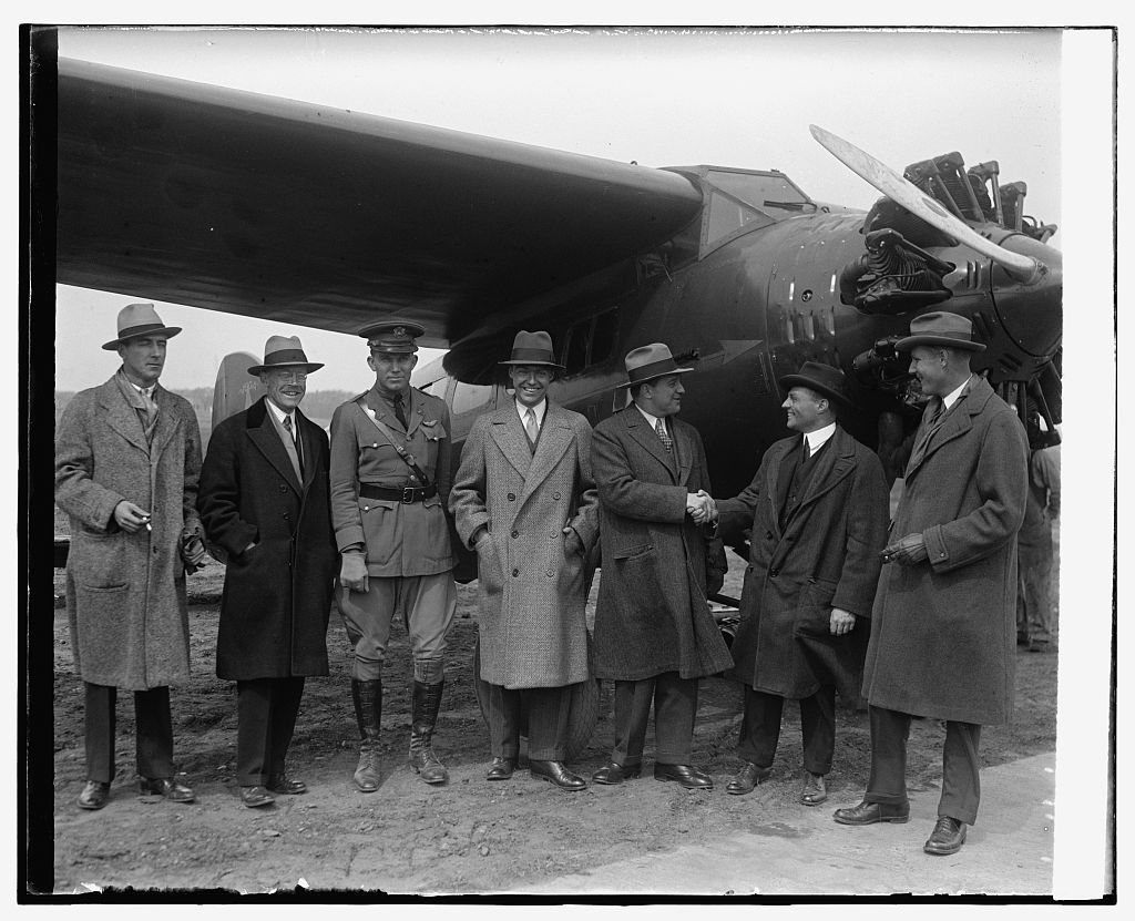 H. Trubee Davidson & group of aviators at Bolly [i.e., Bolling] Field, 3/19/29