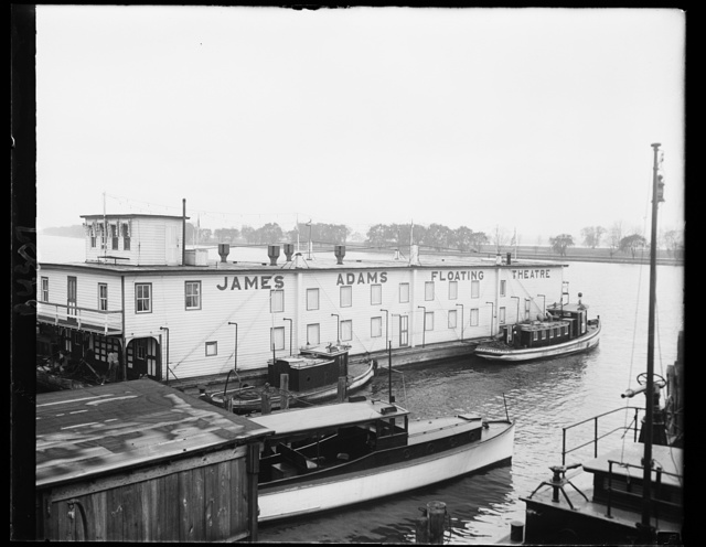 "Original ""Show boat"" visits Capital. The ""Show Boat"" about which Edna Ferber based her book by that name is one of the few that are still doing business on Eastern rivers. It is now docked on the Potomac river in Washington for an engagement. Miss Ferber spent five weeks on the boat, gathering material for her novel, and its skipper, Capt. Hall, corraborated in the making of the ""Show Boat"" motion picture. 11/21/30"
