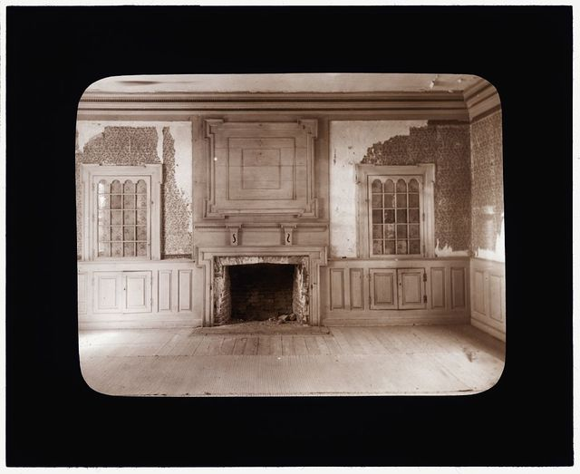 [Rogers House, Craddockville, Accomac County. Fireplace and panelled surround]