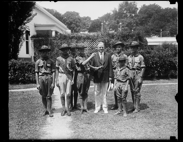 Scouts present president with buffalo horn as birthday gift. President Hoover will be 56 years old on Sunday, August 10. Representative Boy Scouts of the District of Columbia presented him with a buffalo horn as a birthday present today. Harold [...], Troop 33, Takoma Park, Md., is shown making the presentation. The horn was prepared by over 200 scouts at their summer camp, Camp Roosevelt on Chesapeake Bay [White House, Washington, D.C.]