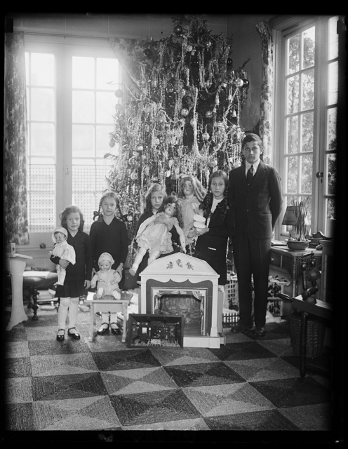 The children of Sen. and Mrs. James J. Davis and their Christmas tree. The youngsters are Jewel, Joan, Jean, Jane and James, Jr., the five J's