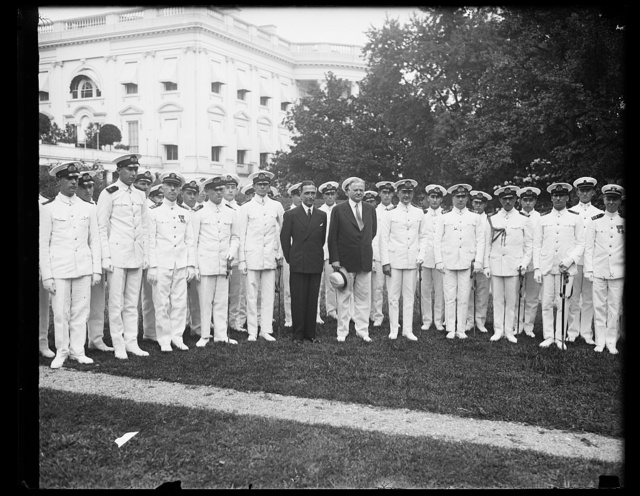 [Herbert Hoover and Naval group outside White House, Washington, D.C.]