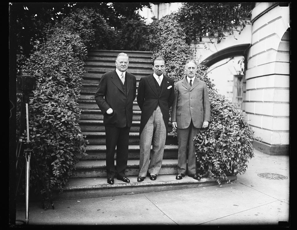 [On steps at White House: Herbert Hoover, left, and Henry L. Stimson, right. Washington, D.C.]