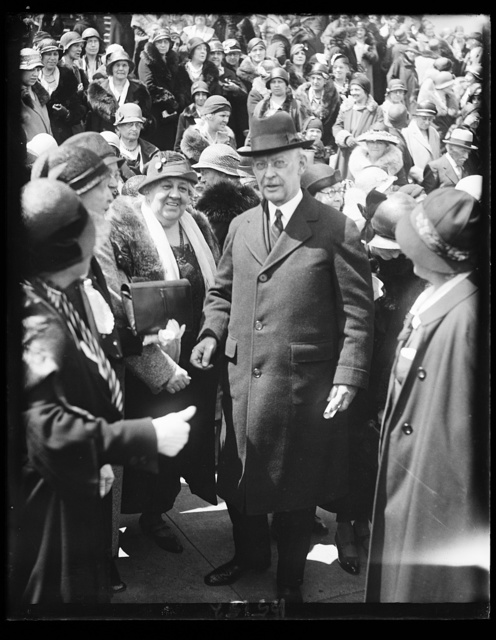 Bishop Cannon and Women Drys. Bishop James Cannon, Jr., Generalissimo of the organized dry forces, snapped at the Capitol today as thousands of members of the Women's National Committee for Law Enforcement gathered to demand continuance of prohibition. 4/18/32