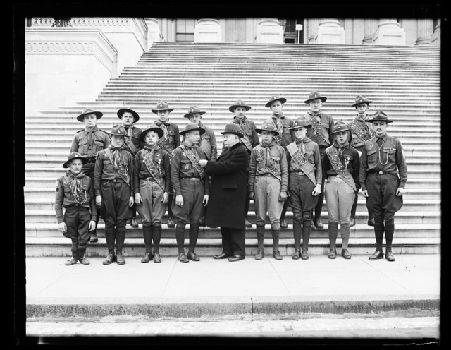 [Boy Scouts with Cong., U.S. Capitol, Washington, D.C.]