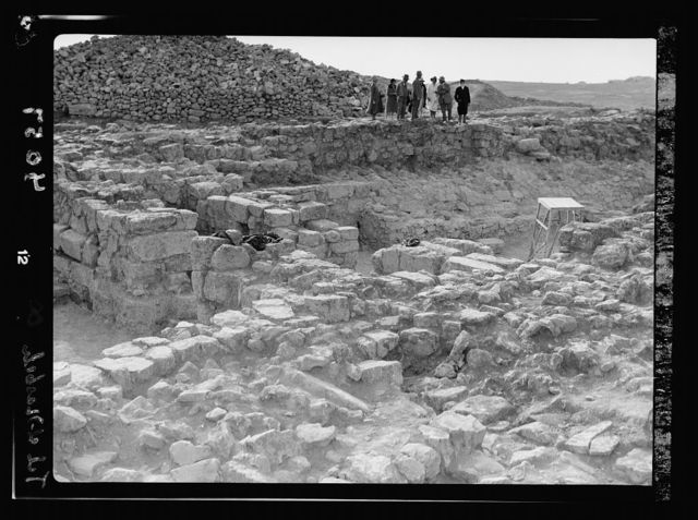 Excavations. Tell-el-Nasbeh (Mizpah). City gate from the east, part of the barricade still in place
