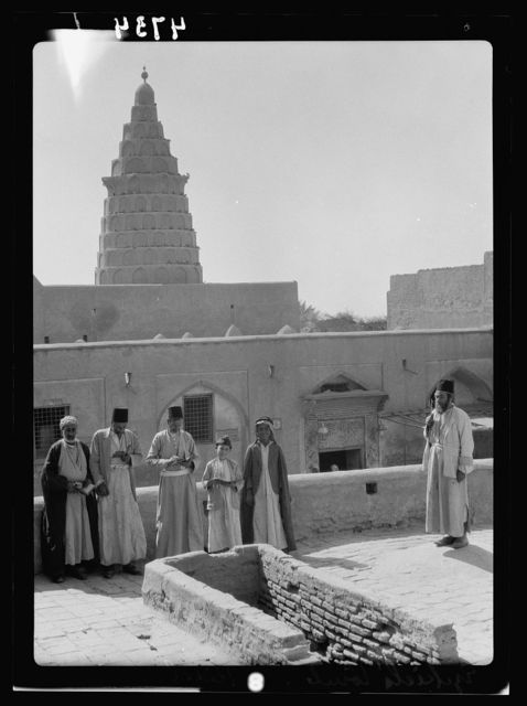 Iraq. Kifl. Native Moslem [i.e., Muslim] village with a Jewish shrine to the prophet Ezekiel. Ezekiel's tomb with rabbi caretakers