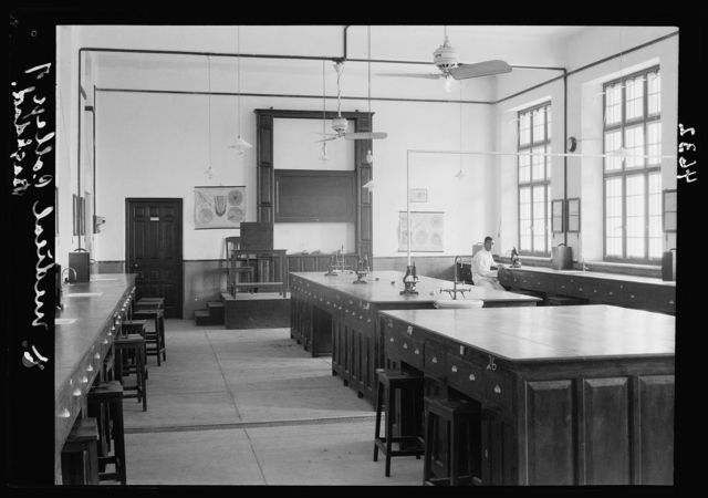 Iraq. (Mesopotamia). Royal College of Medicine of Iraq. Baghdad. Medical College. The pathology room