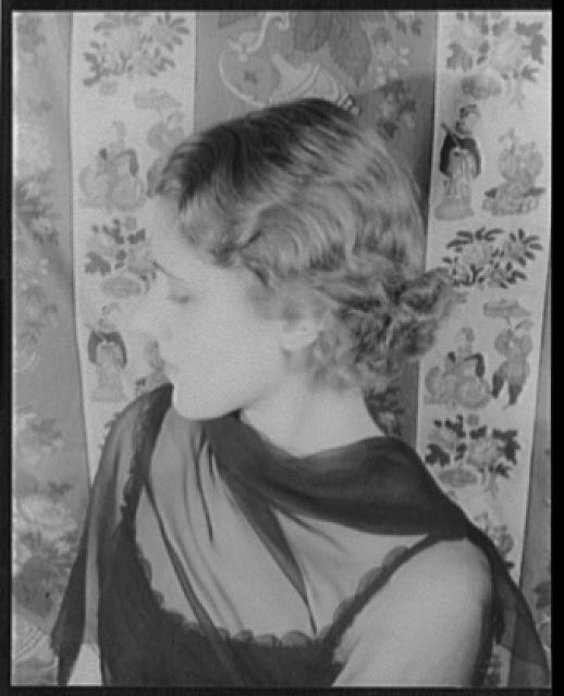 [Portrait of Clare Boothe Luce (Mrs. Henry R.)]
