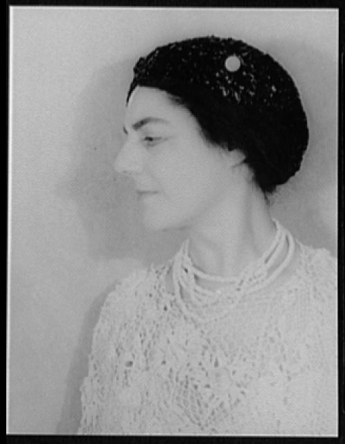 [Portrait of Eva Gauthier]