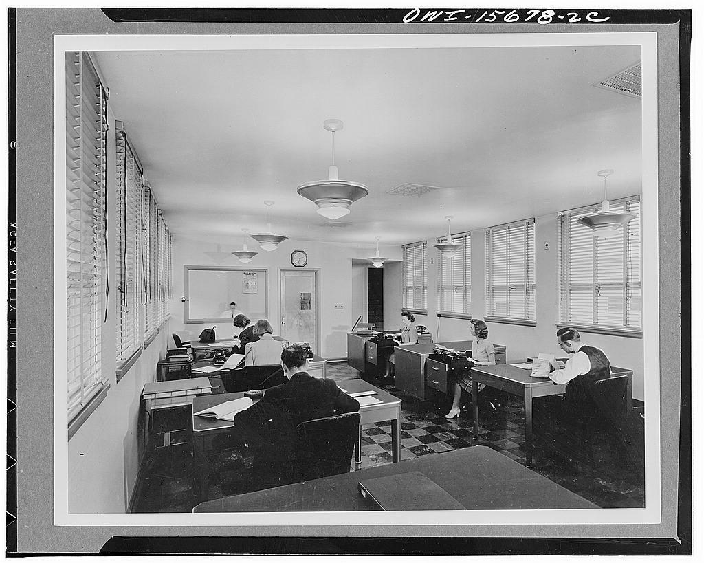 Chickamauga Dam and powerhouse. Main office wing of the Shelbyville cooperative is typical of many similar structures. Note the abundance of light and ventilation which is almost revolutionary for business structures in the rather remote areas where most such buildings are located