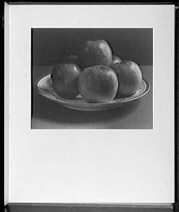 Close ups. Apples