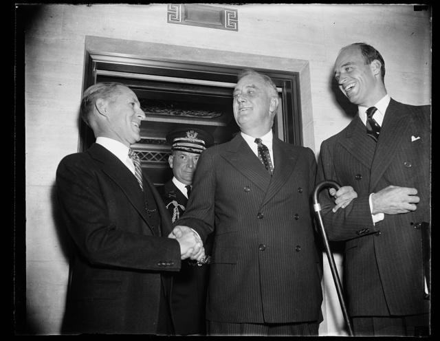 FDR [Franklin Delano Roosevelt] with 2 men