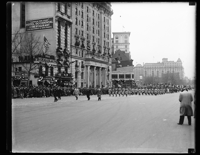 [Franklin D. Roosevelt inauguration. Parade. Washington, D.C.]