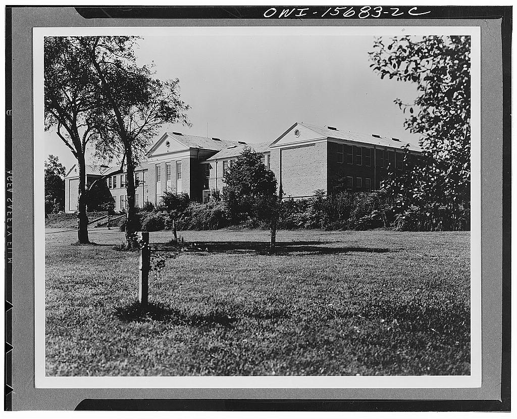 Miscellaneous design. Another school built by the TVA (Tennessee Valley Authority), primarily for children of its own employees at Norris, Tennessee, but operated in combination with state authorities and made available to children of county residents. It is used as a model school in the state teachers' training program