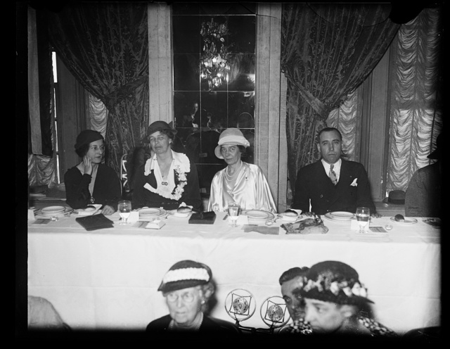 MRS. ROOSEVELT IS GUEST OF AMERICAN PEN WOMEN AT BREAKFAST. THE ANNUAL AUTHOR'S BREAKFAST OF THE NATIONAL LEAGUE OF AMERICAN PEN WOMEN WAS SERVED AT THE WILLARD HOTEL IN WASHINGTON TODAY WITH MRS. FRANKLIN D. ROOSEVELT AS HONOR GUEST. IN THE PHOTOGRAPH, L TO R: MME. PATRICIA BENNETT DIMITRIU, NATIONAL FIRST VICE PRESIDENT OF THE LEAGUE; MRS. ROOSEVELT; MRS. CLARA KECK HEFFLEBOWER, NATIONAL PRESIDENT; AND BRIG. GEN. FRANCISCO J. AGUILAR, MILITARY ATTACHE OF THE MEXICAN EMBASSY, WHO WAS SPEAKER