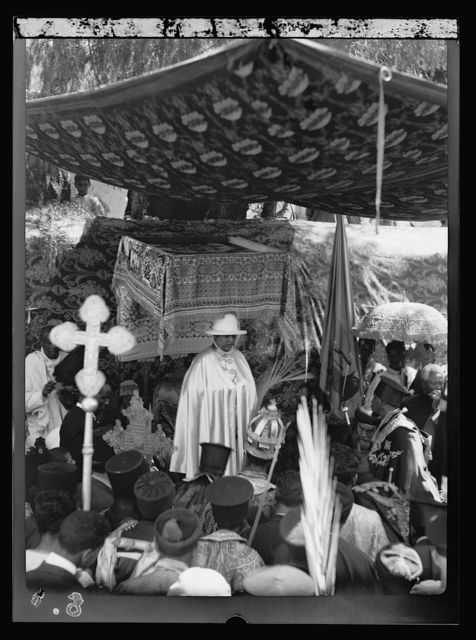 Queen Mannen of Ethiopia visits Jerusalem. Sept. 6, 1933. H.M. Queen Mannen of Ethiopia at special ceremony at Church of the Holy Sepulchre