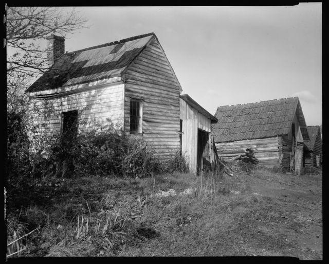 Unidentified outbuildings, Buckingham, Buckingham County, Virginia