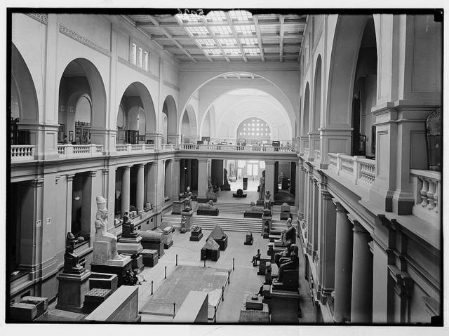 Cairo and district, Egypt. The Egyptian Museum. Interior showing south end of main hall, looking toward the main entrance
