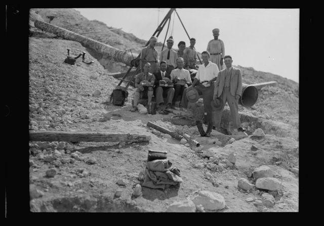 Jerusalem Water Works. Workers on Ras el Ain waterworks. Slope W. of Girvat Saul