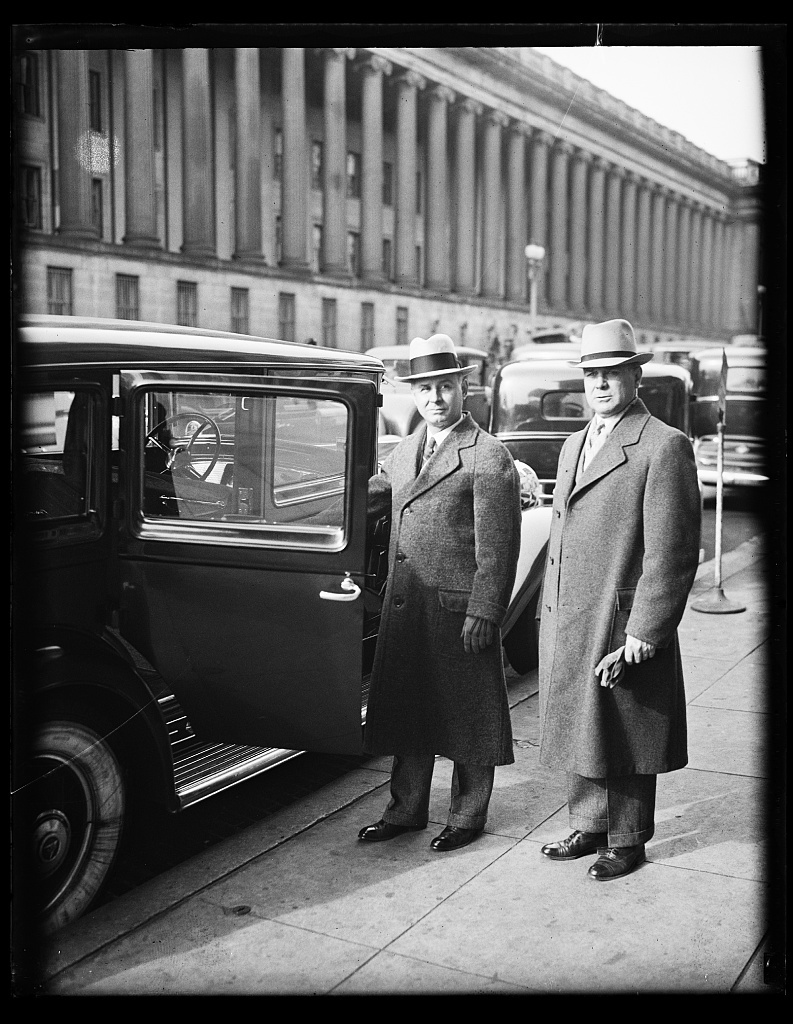 [Men at automobile. Washington, D.C.]