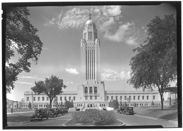 Nebraska State Capitol, Lincoln, Nebraska. South facade II (with clouds)