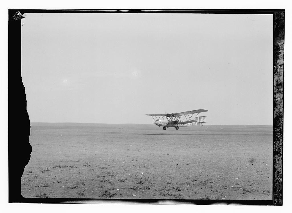 Aircraft Hanno, Imperial Airways, Gaza, ca. 1935