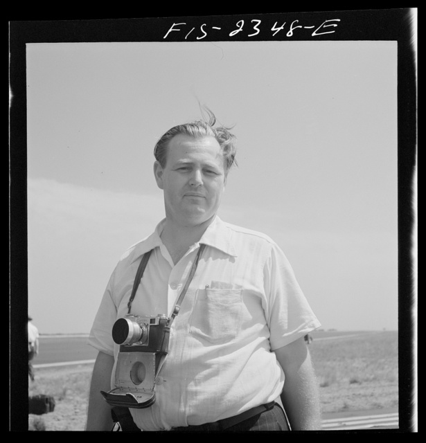 [Alfred T. Palmer, U.S. Office of War Information photographer at the U.S. Marine glider detachment training camp, Parris Island, South Carolina]