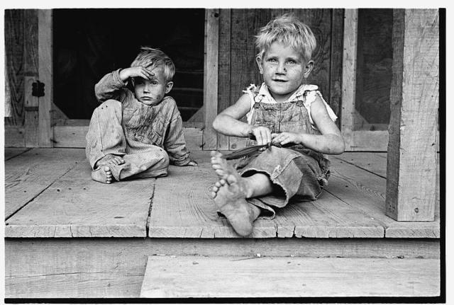 Children of rehabilitation client, Maria plantation, Arkansas